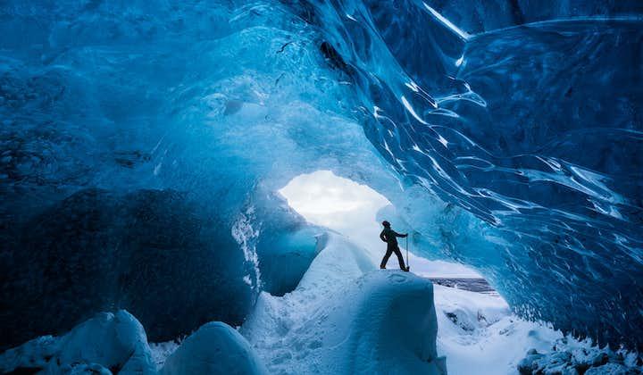 Tour guiado de 6 días en invierno   Alrededor de Islandia en grupo pequeño