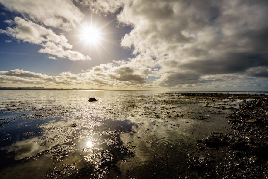 奥尔塔内斯沙滩Alftanes是当地人偏爱的沙滩之一