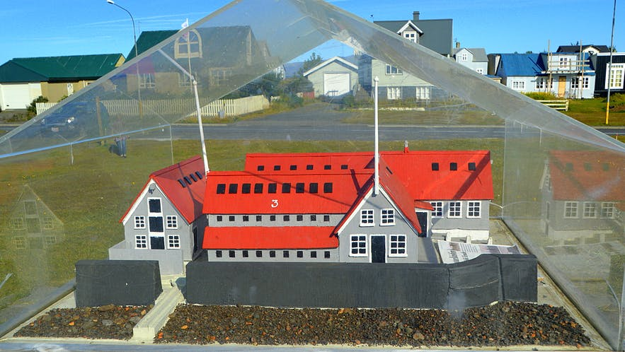 The lovely little Village Eyrarbakki on the South Coast of Iceland & Húsið - the House