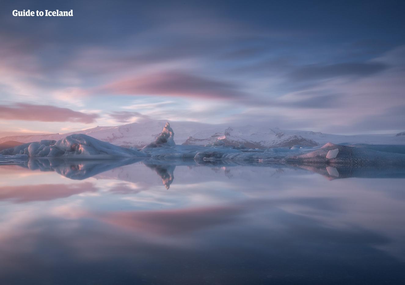Die Gletscherlagune Jökulsarlon ist im Winter genauso schön wie im Sommer.
