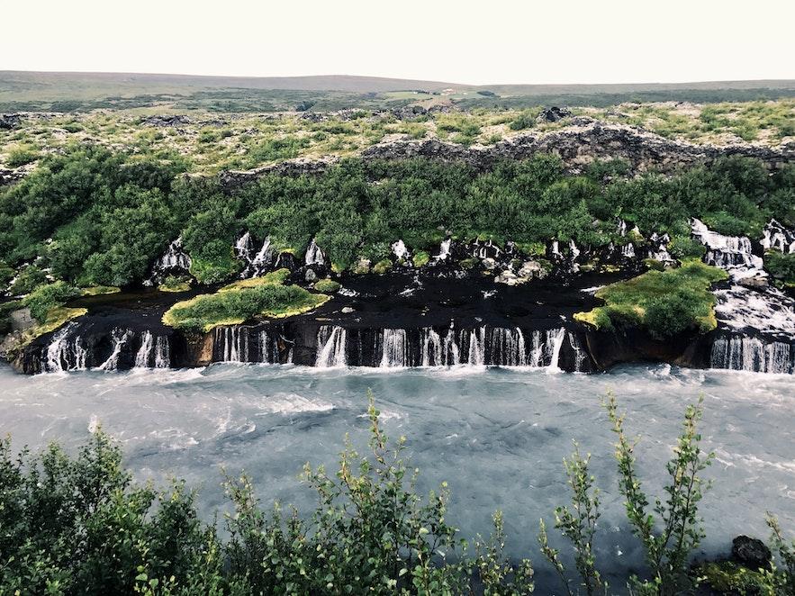冰島熔岩瀑布群 Hraunfossar