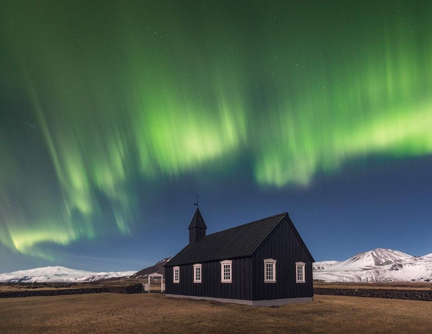 冰島西部斯奈山半島Búðir教堂