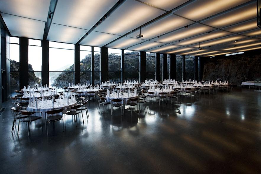Salle de restaurant au Lava restaurant au Blue Lagoon
