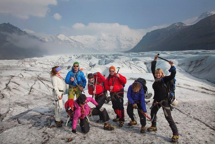 Happy hikers in Skaftafell