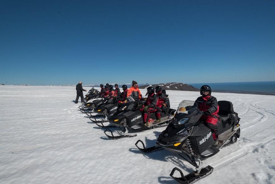 Snowmobilers on the vast Vatnajökull glacier