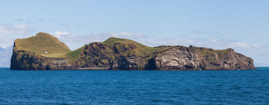 ウェストマン諸島のひとつ、エトリザエイ島