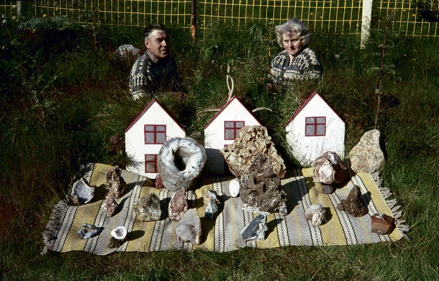 페트라 여사와 정원을 장식하고 있는 스톤 컬렉션