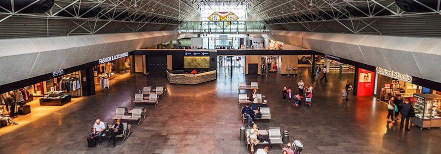 ケプラビーク国際空港内の様子、写真はケプラビーク国際空港のHPから