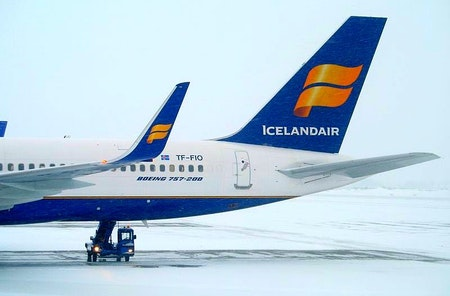 An Icelandair flight arriving at Keflavík. Photo from Wikimedia, Creative Commons, by Simon Law
