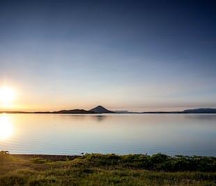 ミーヴァトン湖ミニバスツアー|アークレイリの港発(クルーズ船寄港地)
