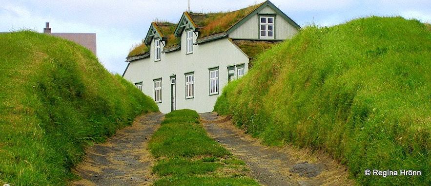 The Grænavatn Turf House Mývatn