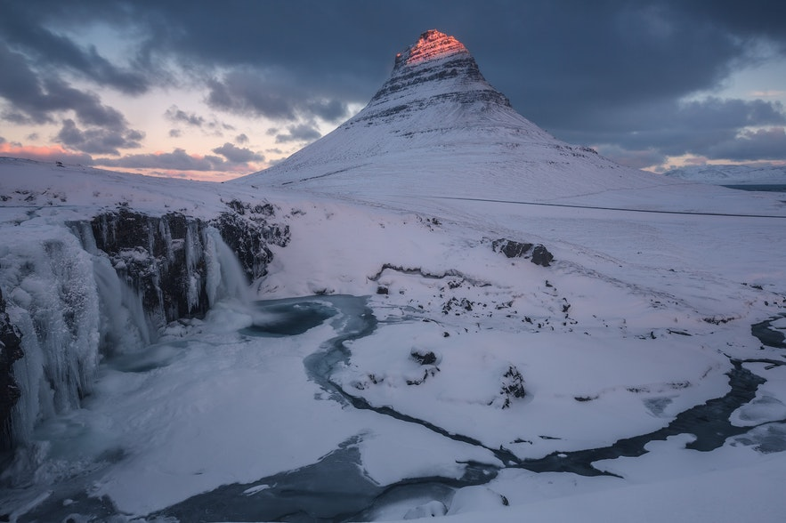 冰島冬季斯奈山半島教會山
