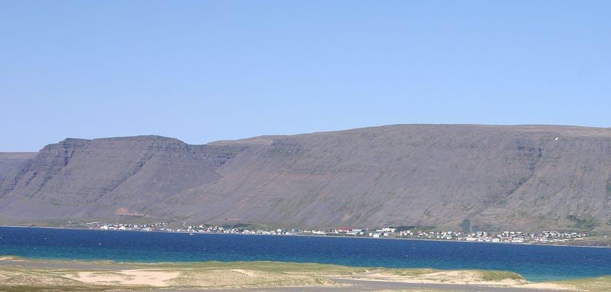 パトレクスフィヨルズルの遠景