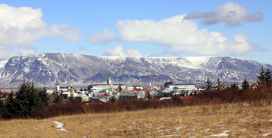 Mnt Esja and Reykjavík. Photo from Wikimedia, Creative Commons, by MartinPutz