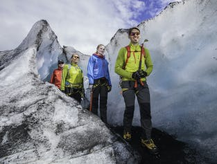솔헤이마요쿨 빙하 하이킹 모험
