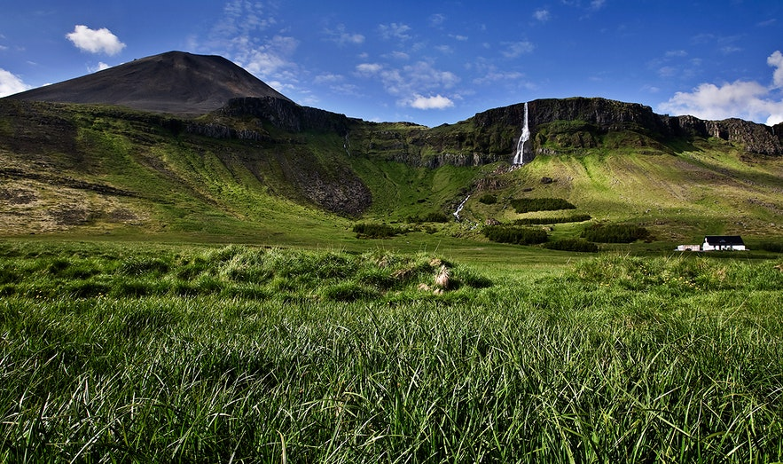 Cascade de Bjarnafoss sur la péninsule de Snaefellsnes