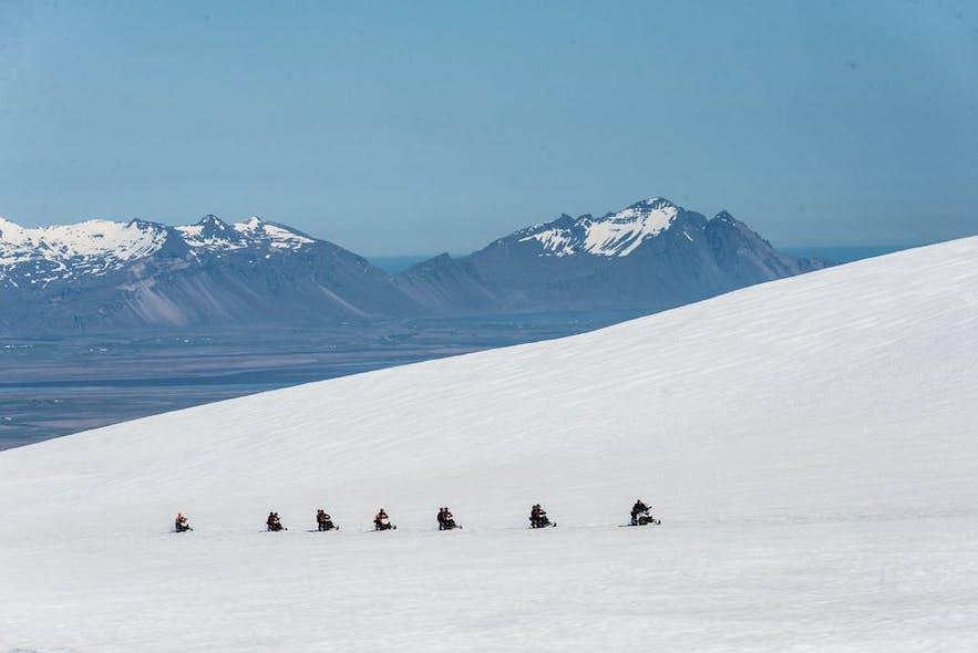 瓦特納冰原雪地摩托