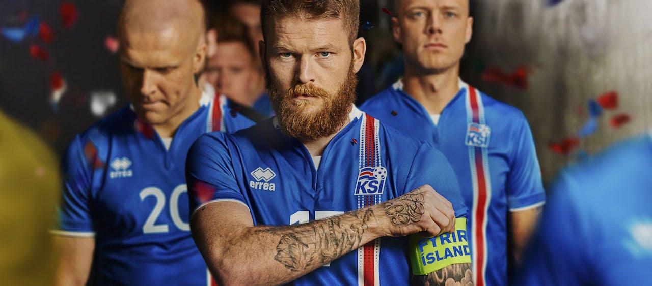 冰島國家足球隊--33萬人打入世界杯的奇蹟!
