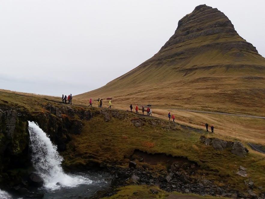 Kirkjufell(sfoss) © Cédric H. Roserens