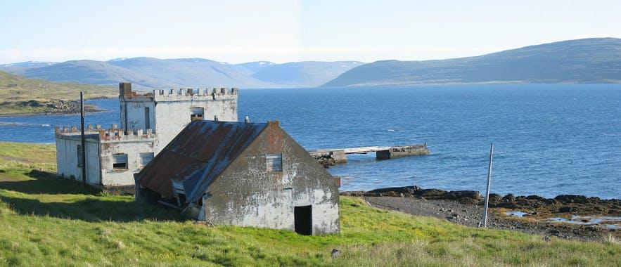 Ísafjarðardjúp is the largest fjord in the Westfjords, and connected to Drangjökull by Kaldalón