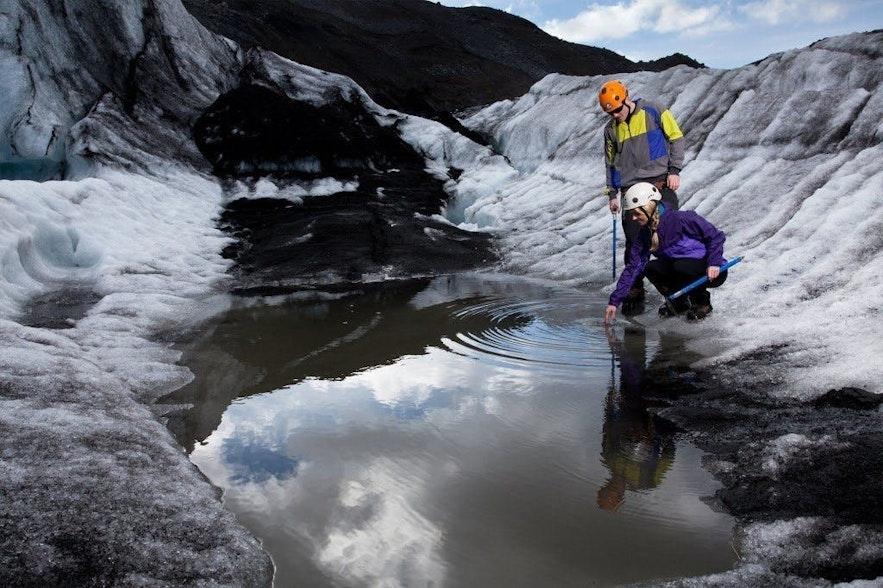冰岛斯卡夫塔山冰川徒步