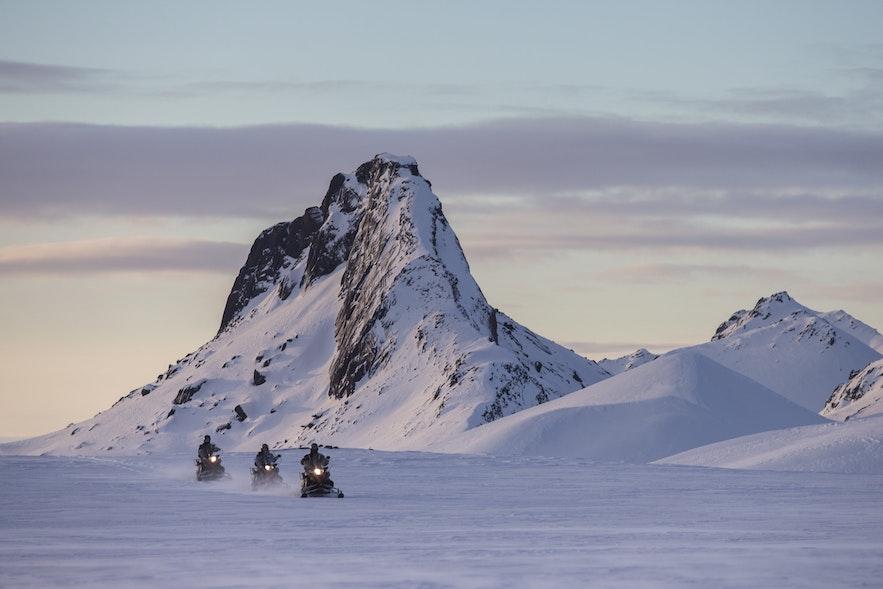 雪地摩托冰岛八月旅行团推荐