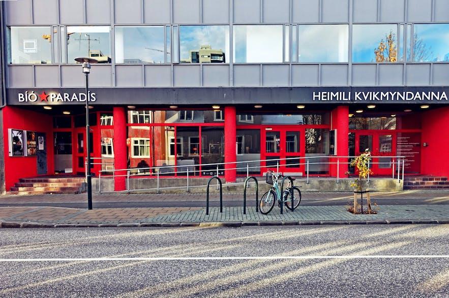 Kino Bio Paradis w centrum Reykjaviku.