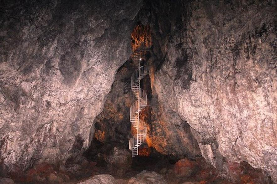 Grotte de Vatnshellir à Snaefellsnes