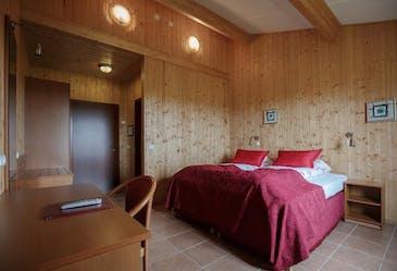 Отель Katla