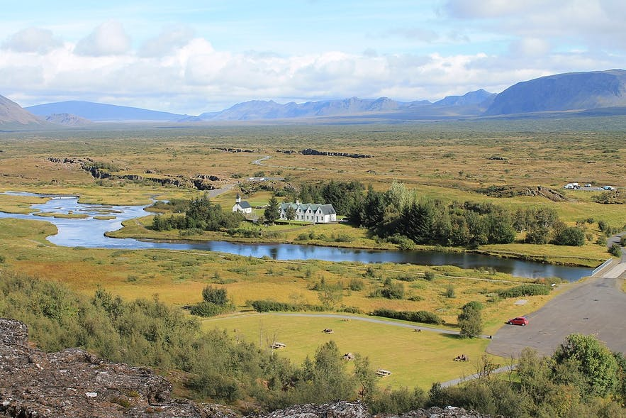 シンクヴェトリル国立公園は、3つの国立公園の中でも特に人気がある