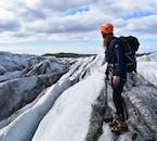Une randonnée glaciaire offre des vues incomparables sur les magnifiques paysages de l'Islande.
