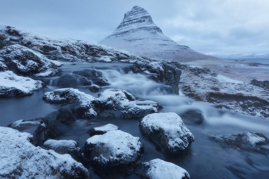 冰島冬季教堂山