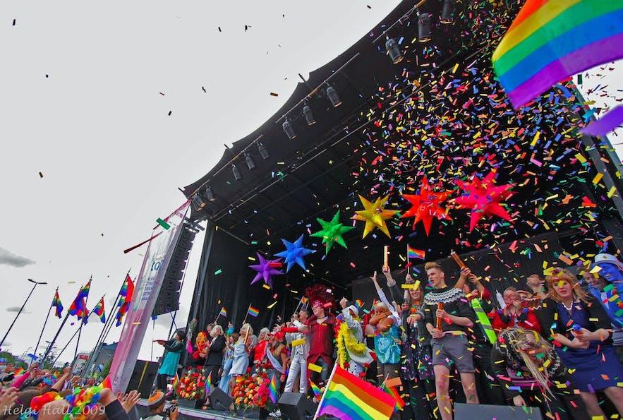 Crowds celebrating Reykjavík Pride
