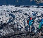 Votre guide vous explique les différentes parties du glacier