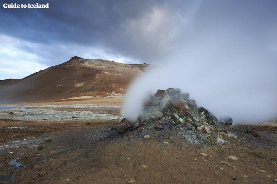 Lake Mývatn has many geothermal areas