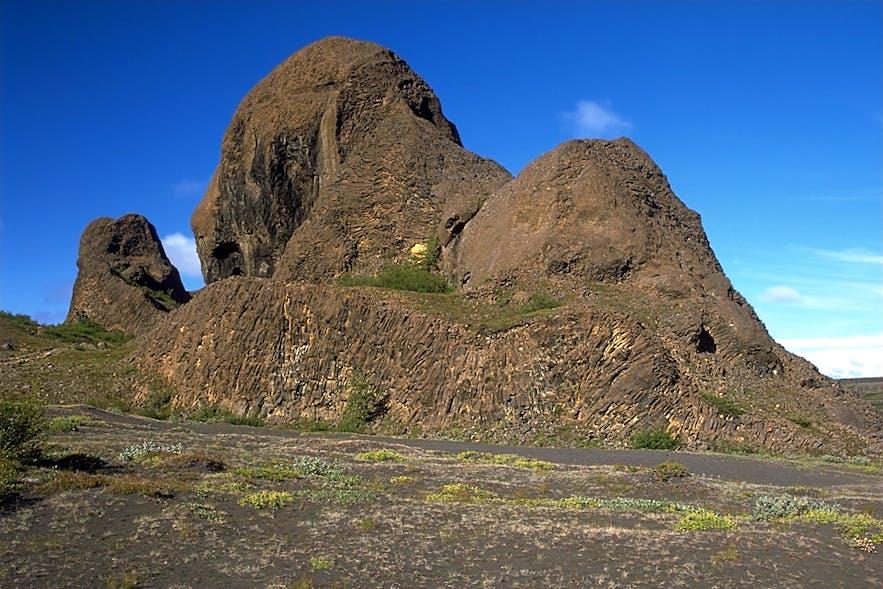 A basalt church in the valley of Vesturdalur within Brúardalir.