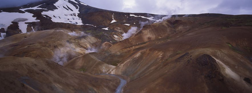 Kerlingarfjöll holds the Hveradalur springs