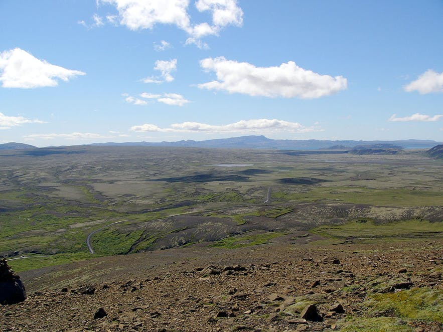 Lyngdalsheiði is between Þingvallavatn lake and Luagarvatn lake in southwest Iceland.