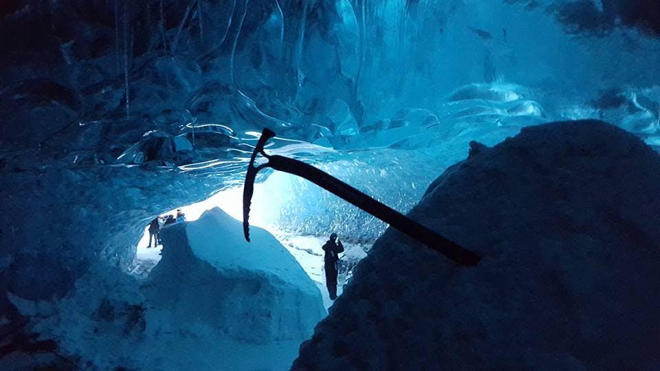 Rodzinna wycieczka do jaskini w Vatnajokull   Odjazd z Jokulsarlon