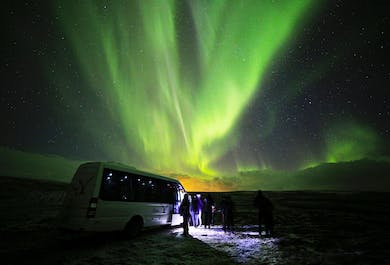 Northern Lights Deluxe | Minibus Tour from Reykjavik