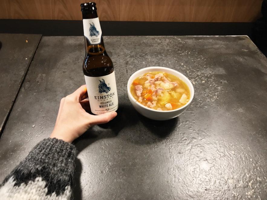 Gullfoss 旁餐廳內的羊肉湯