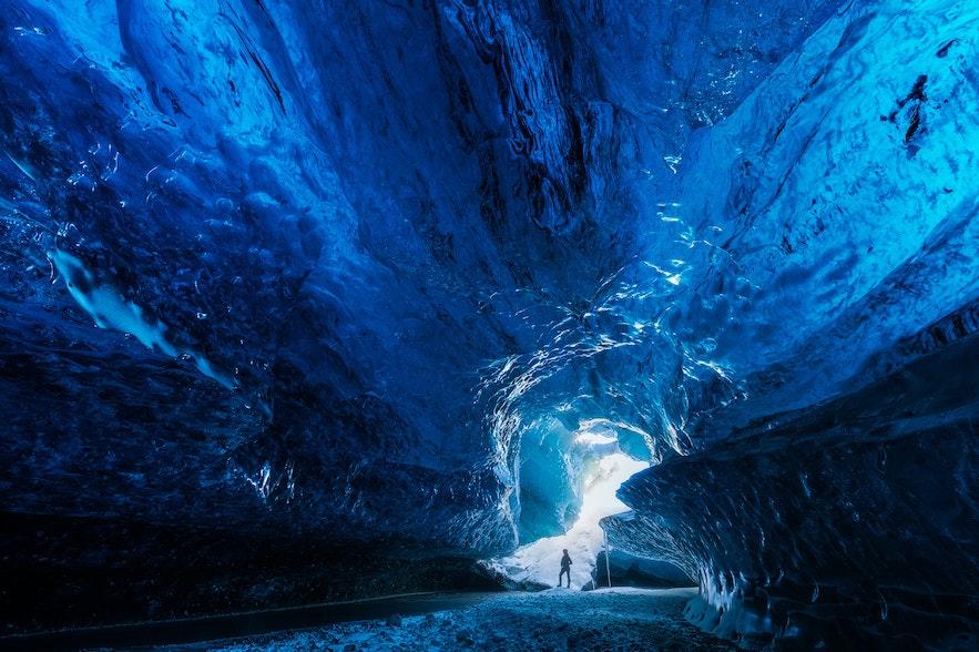 冰島藍冰洞照片
