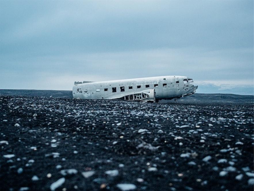 冰島黑沙灘飛機殘骸