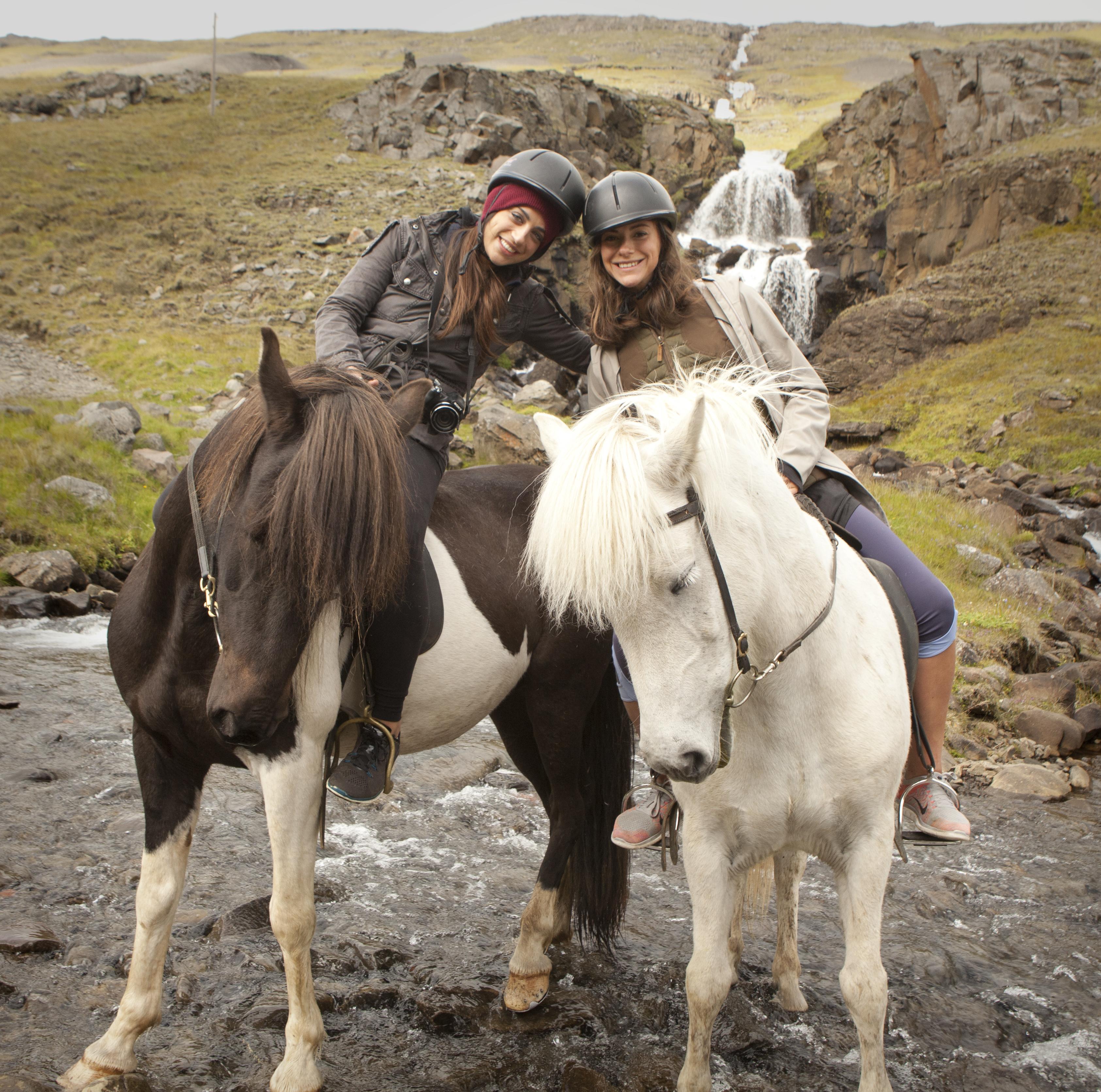 L'equitazione è una delle attività più famose in Islanda.