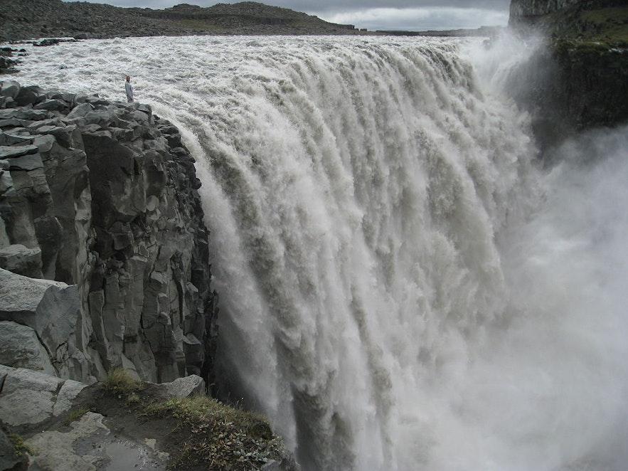 冰島戴提瀑布