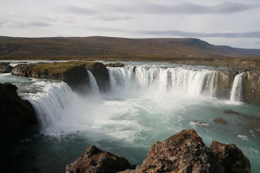 冰島眾神瀑布 godafoss