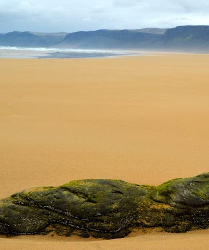冰島紅沙灘