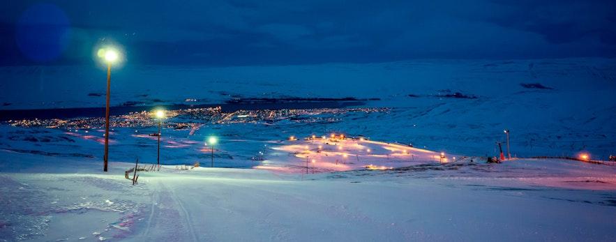 冰島阿克雷里滑雪場 hlidarfjall