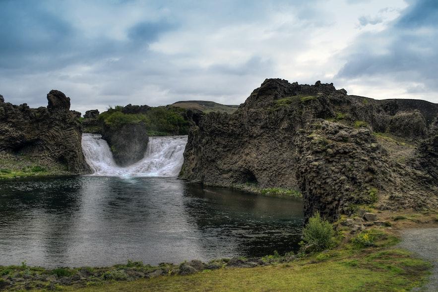 冰島Hjalparfoss
