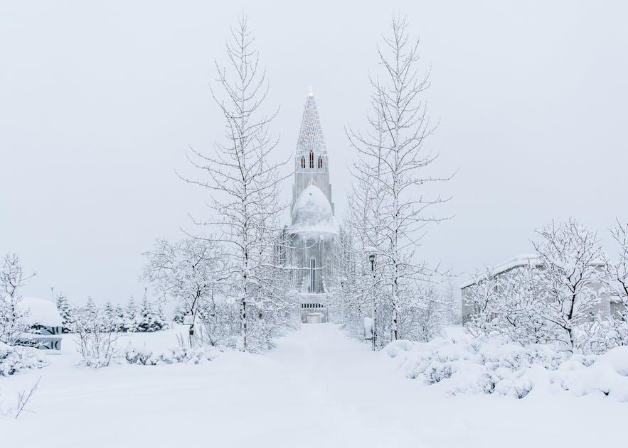 冰島冬季下雪